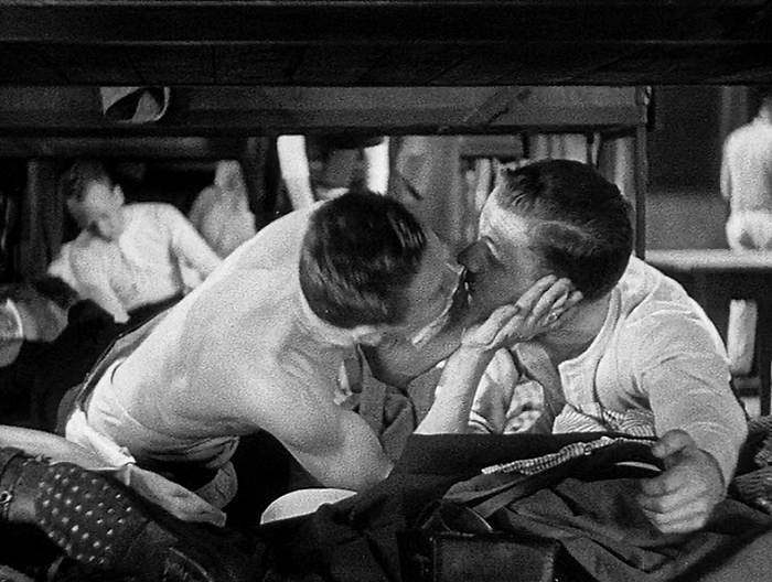 all quiet on the western front review pre code com all quiet on the western front men kiss