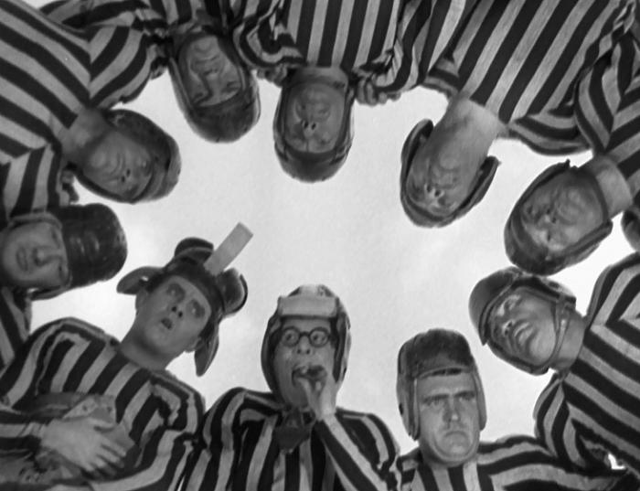 Hold Em Jail (1933)