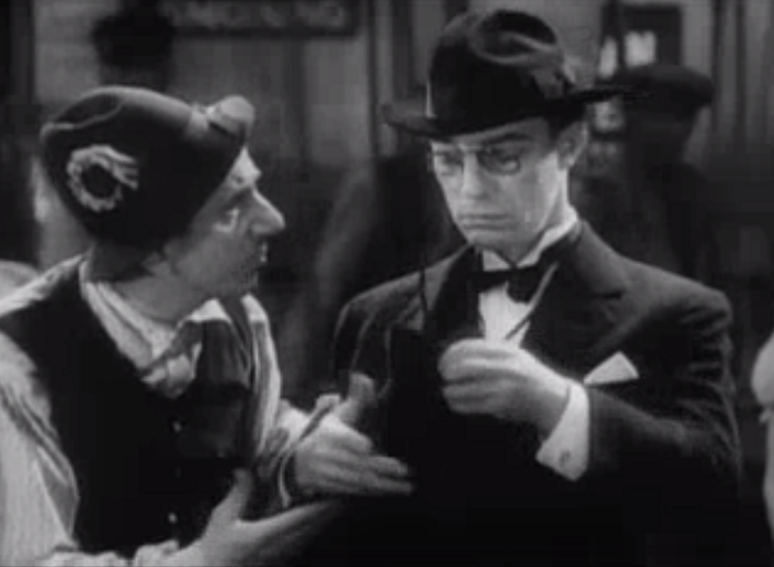 I think editing all of the Durante solo bits from this movie may make it a lot better, but he and Keaton aren't awful together. He's just no Thelma Todd (if you hadn't noticed).
