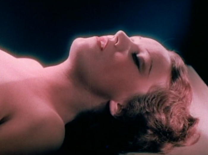 Not naked, but Curtiz's use of nude wax sculptures is definitely allowing us to connect the dots in our head.