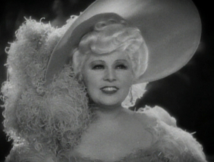 Belle Nineties Mae West