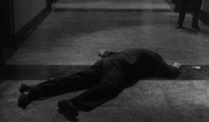 Fog Over Frisco (1934)