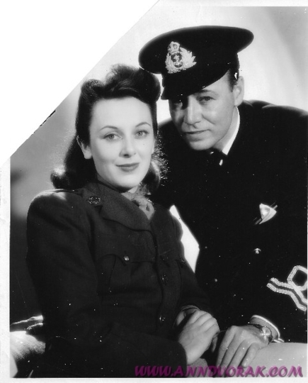 Ann Dvorak and Leslie Fenton in their uniforms during World War II. (From AnnDvorak.Com)