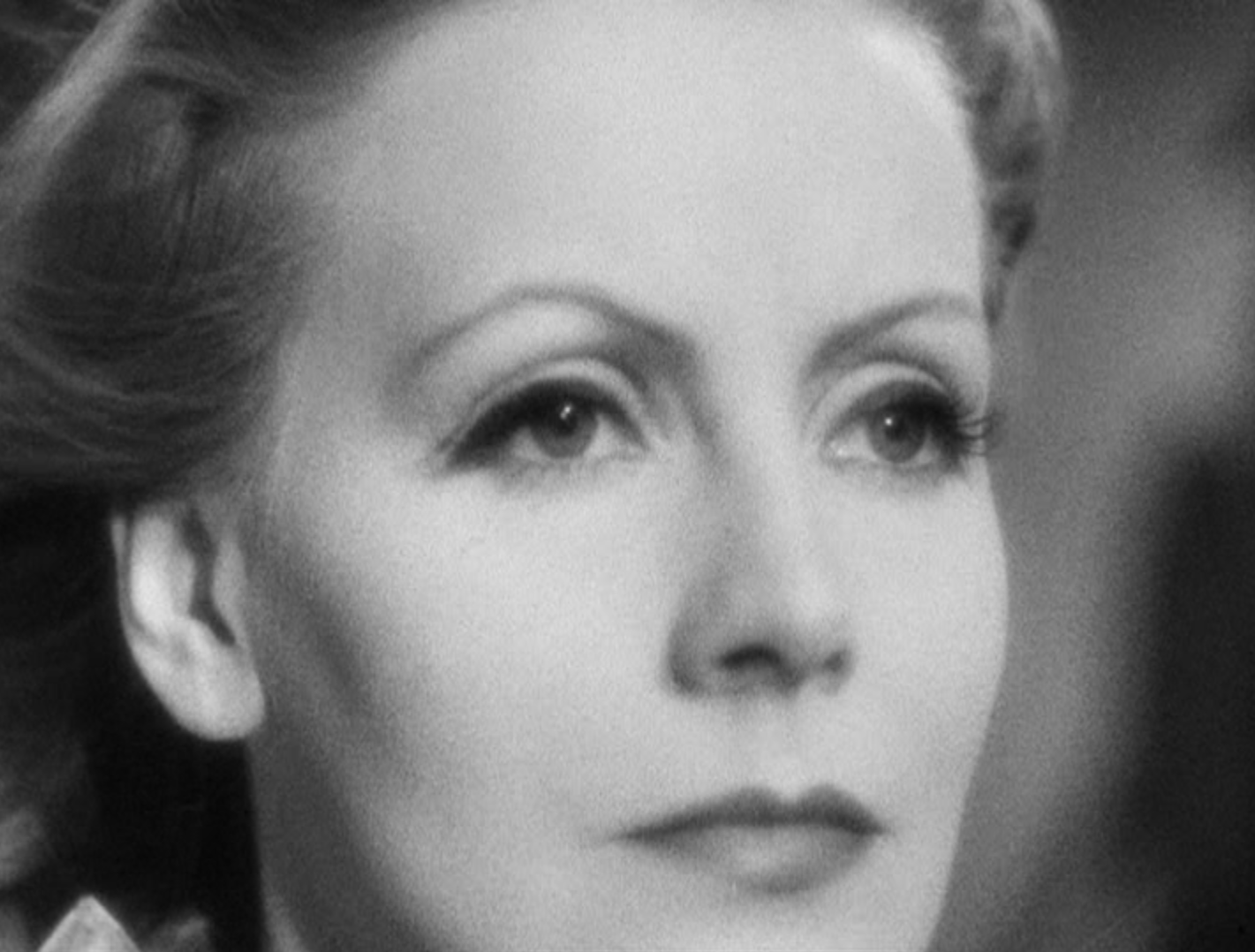 Queen christina 1933 review with greta garbo and john for Garbo arredamenti