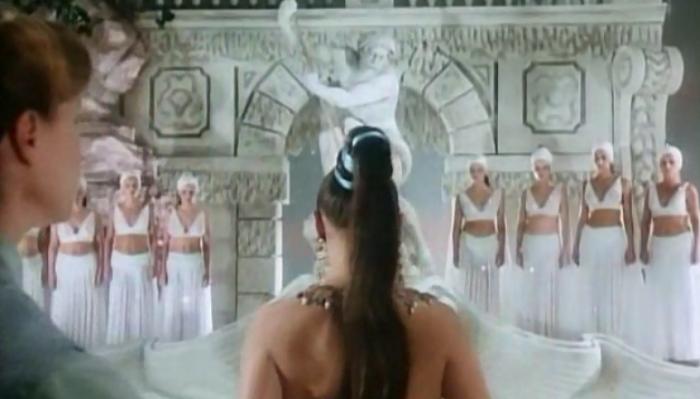 Fedora prepares to display her grandiose ego.