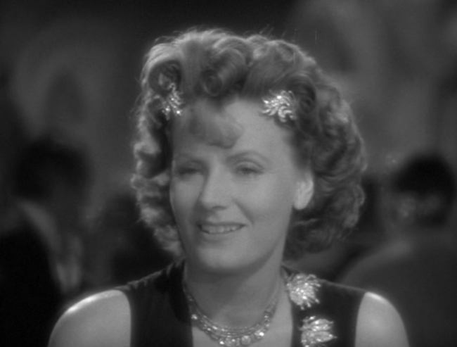 Reading the behind the scenes on the movie and it's clear that Garbo just didn't care any more, and seemed to make the worst choices on her wardrobe and styling possible. Case in point.